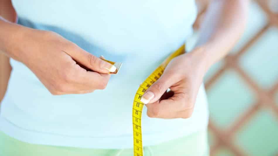 تخسيس الكرش وحرق الدهون الزائِدة عن طريق الأَكل والشُرب