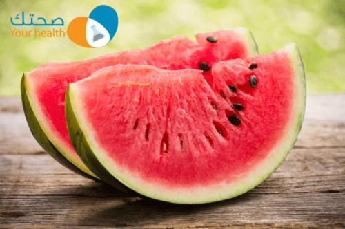 فوائد البطيخ الصحية والعلاجية ولماذا يُعتبر أفضل فاكهة صيفية؟