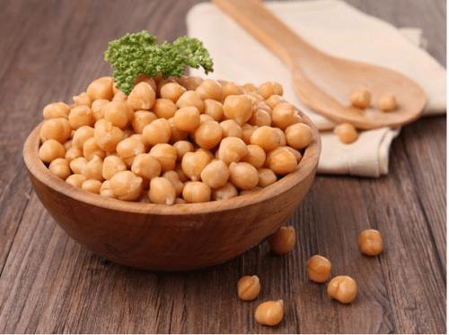 فوائد الحُمُص الصحية والعناصر الغذائية المتوازنة الموجودة فيه