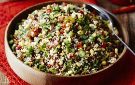 طريقة عمل سلطة الكينوا بأكثر من وصفة وشرح ما هي الكينوا وفوائدها Quinoa
